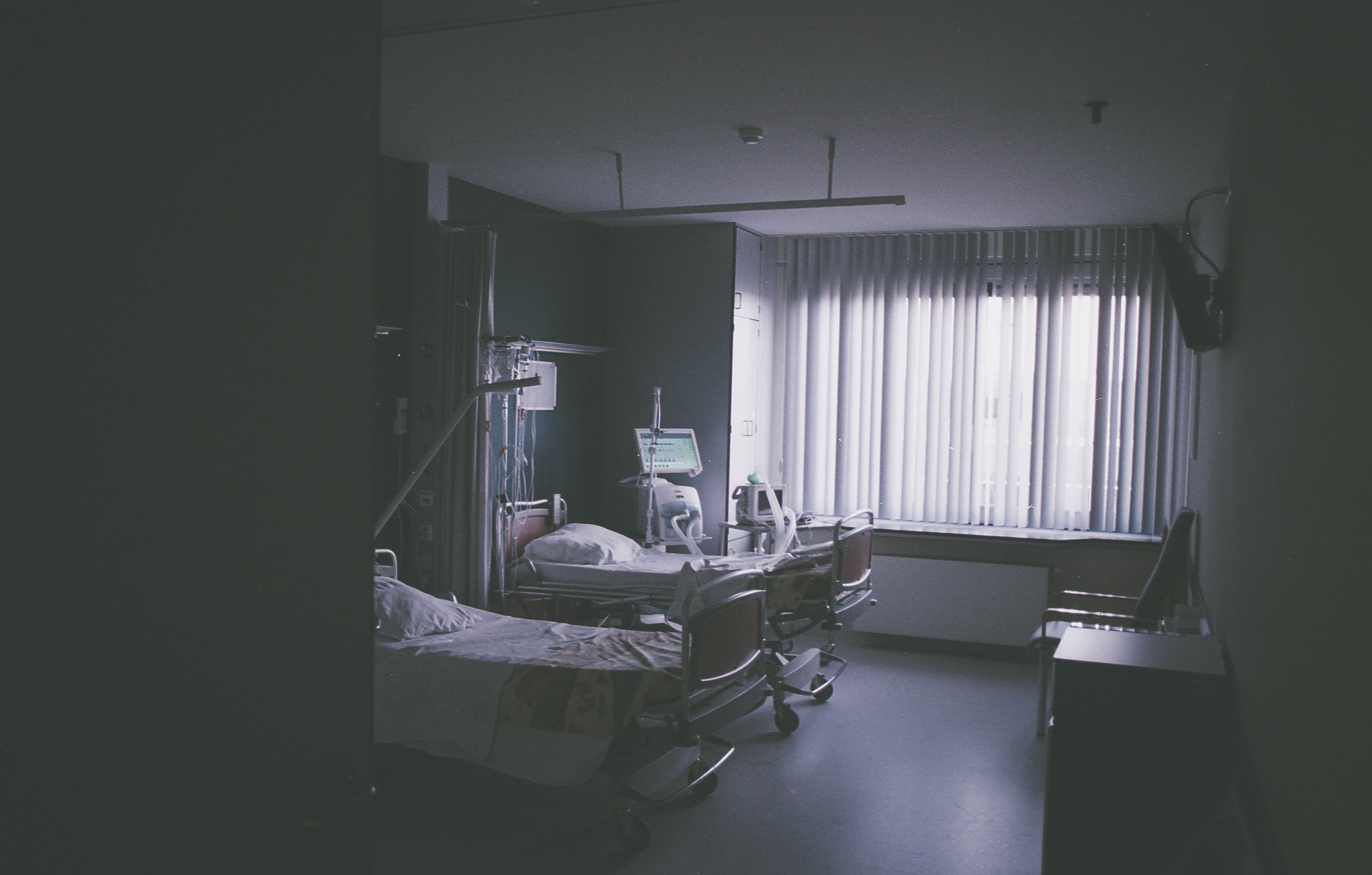 choosing the right type of hospital room